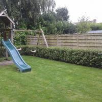 Tuinaanleg  met speeltuin te Brugge